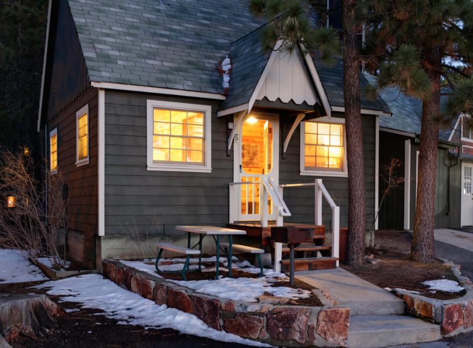 3417 cozy 1 bedroom cabin centrally for Cabins to rent in big bear